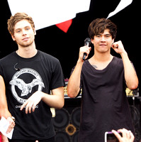 5 Seconds of Summer GMA 8/21/15