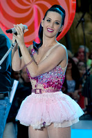 Katy Perry-TODAY Show 8.27.10