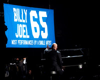 Billy Joel breaks the record at MSG performing his 65th concert